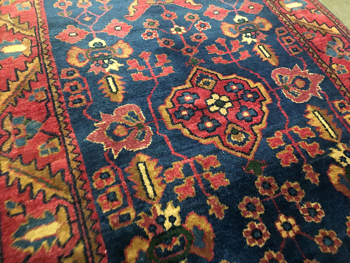 Antique sarouk Rug - # 53897
